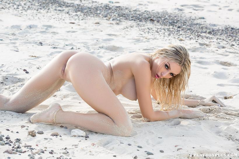 сучки на пляже фото
